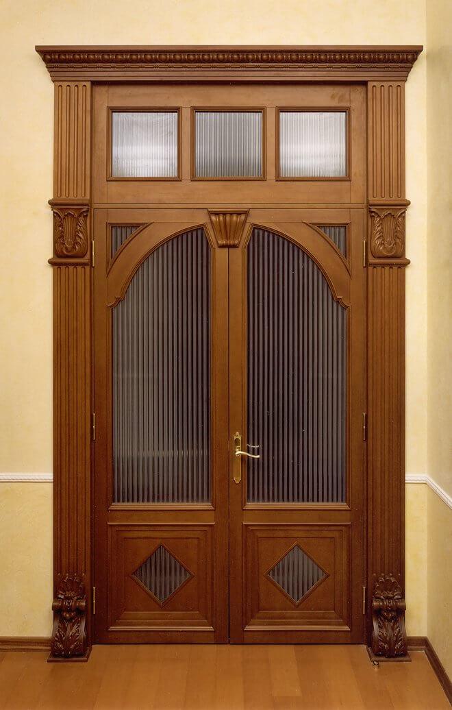 входные двери необычные высокие